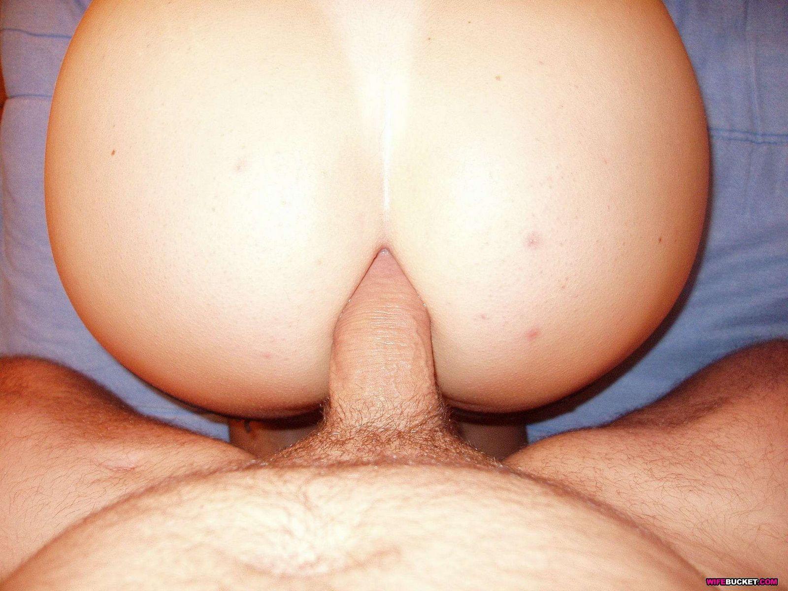 Частные фото супруги которая облизывает болт у своего супруга в кроватке