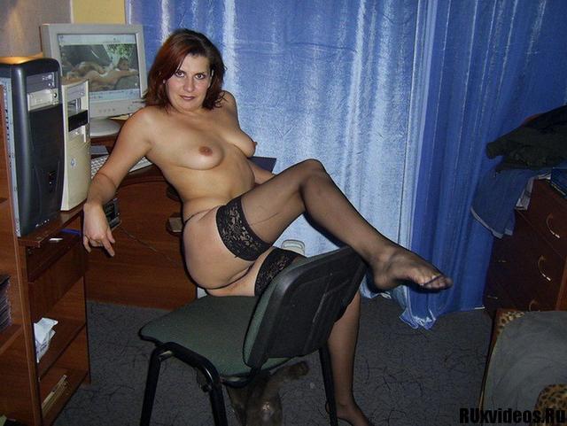 Провинциальная жена продемонстрировала прелести секс фото